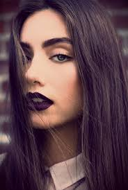 How to Pull Off a Bold Lip – Chelsea Crockett